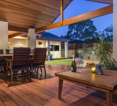 outdoor verandah living
